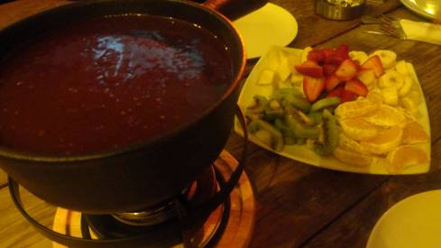 Fondue Parties Are Back in Beirut