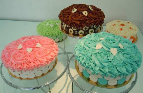 New Layer Cakes at the Cupcakery