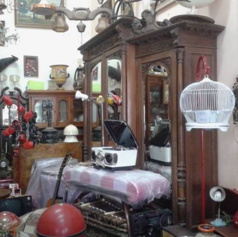 Antiques Home