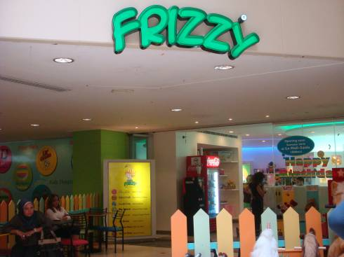 Frizzy Center